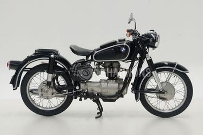 BMW R27 250cc Solo Motorcycle