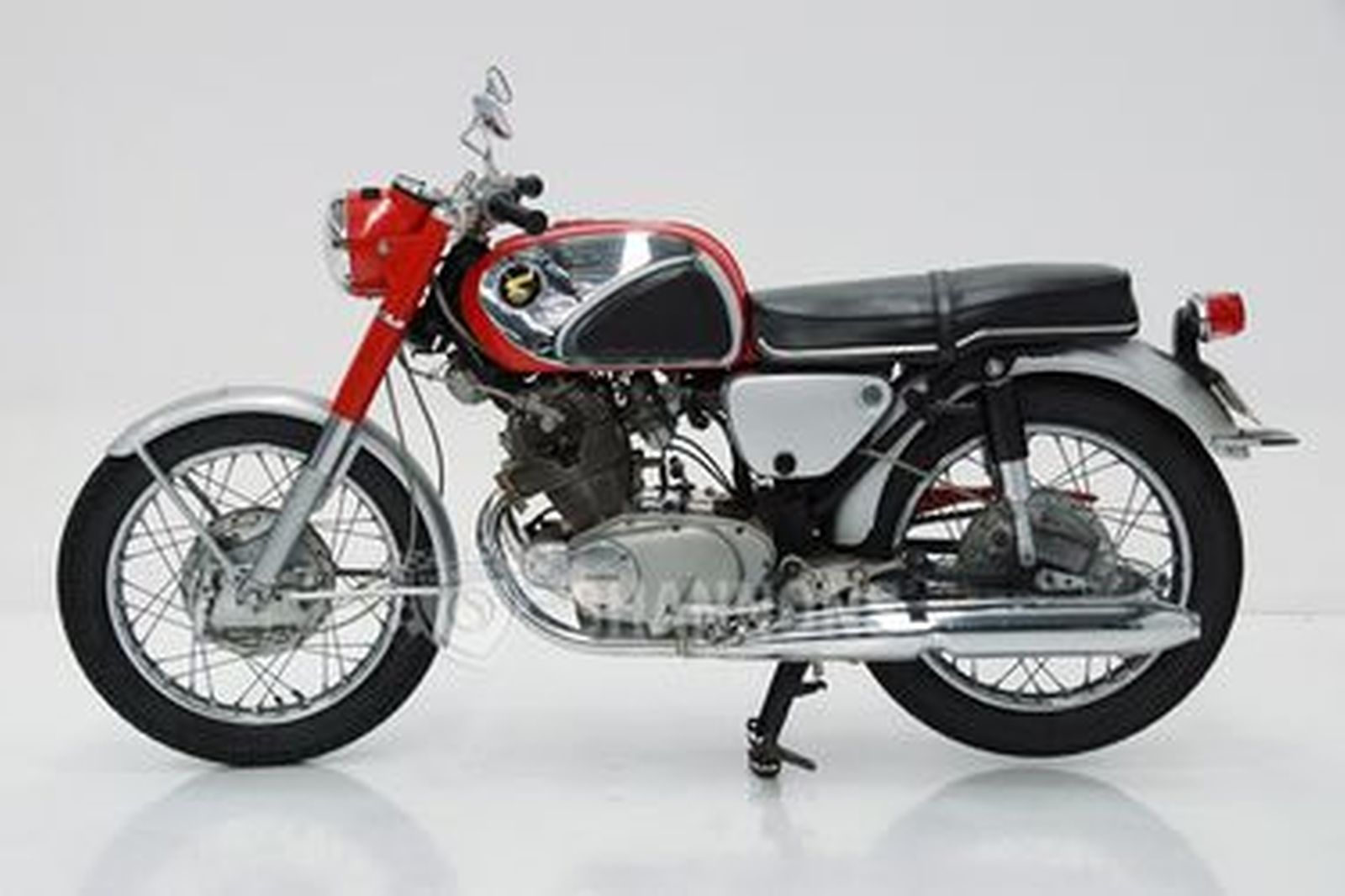 Honda Super Hawk 305 Motorcycle
