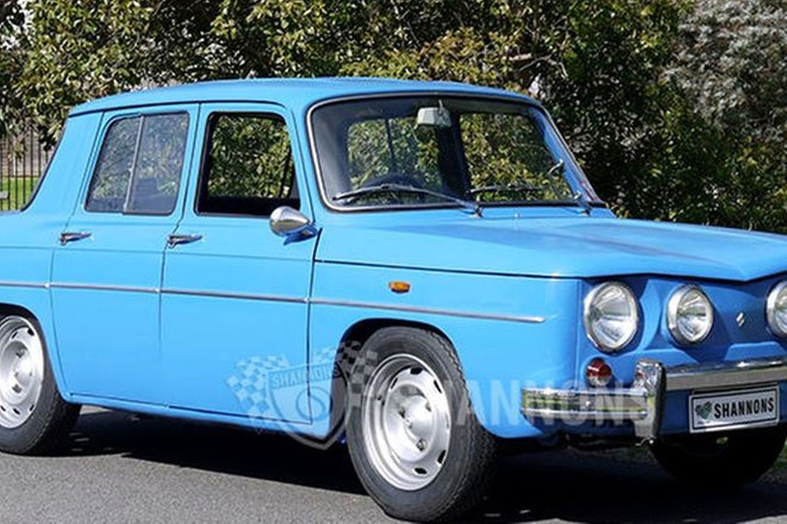 sold renault 8 gordini r1135 sedan auctions lot 5 shannons. Black Bedroom Furniture Sets. Home Design Ideas