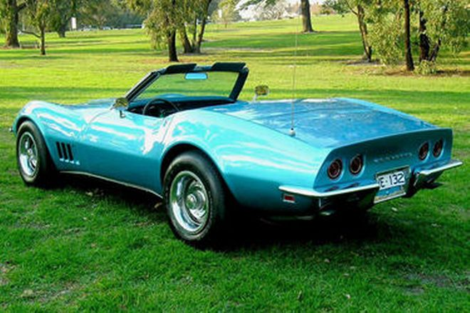 Chevrolet Corvette Convertible (LHD)