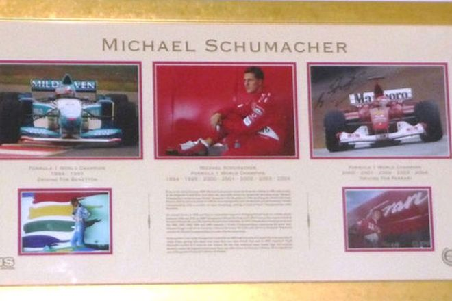 Framed Signed Print - Michael Schumacher Limited Edition 25/25 (110 x 65cm)