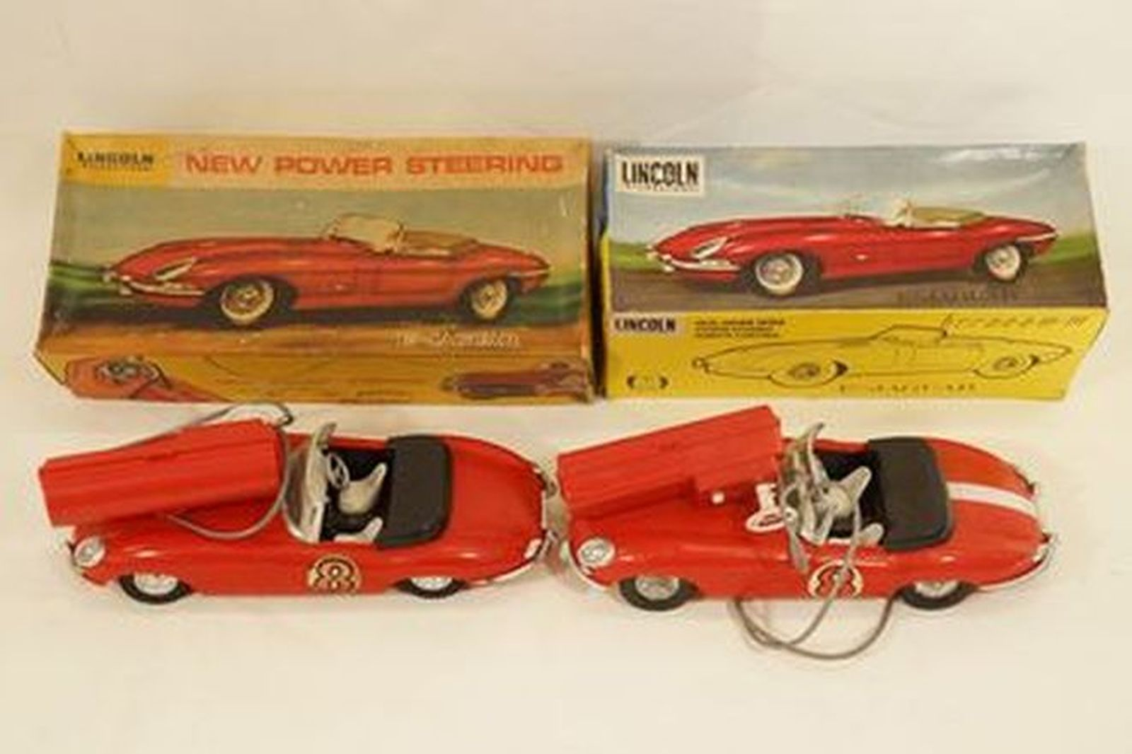 Sold: Model Cars x 2 - Lincoln International remote control