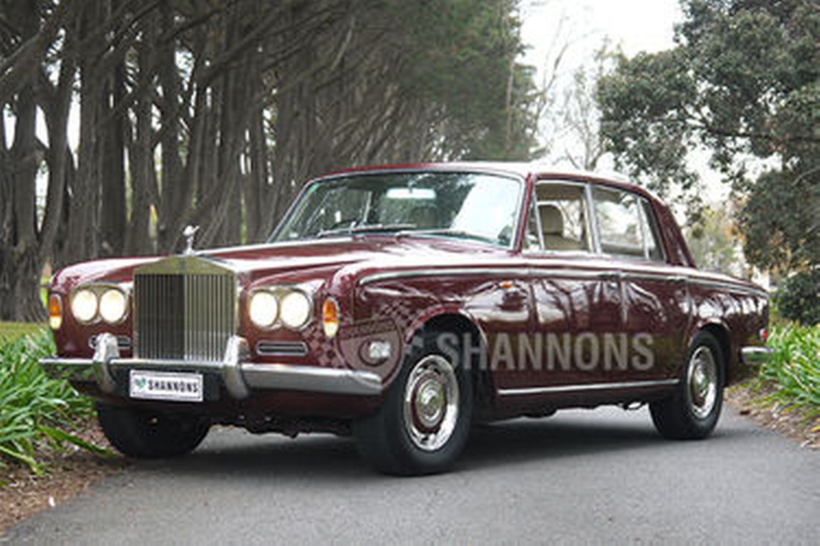 sold rolls royce silver shadow saloon auctions lot 28 shannons. Black Bedroom Furniture Sets. Home Design Ideas