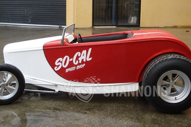 So-Cal Mini Hot Rod Personalised by Pete Chapouris and Jimmy Shine