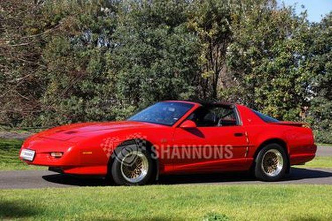 Pontiac TransAm GTA Coupe (RHD)