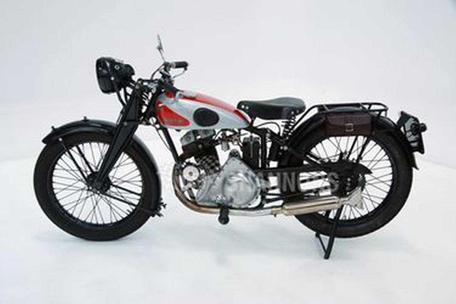New Imperial 250cc 30 Deluxe Motorcycle