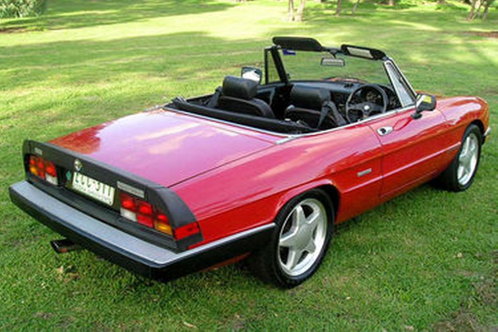 sold alfa romeo 2000 veloce spider auctions lot 5 shannons. Black Bedroom Furniture Sets. Home Design Ideas