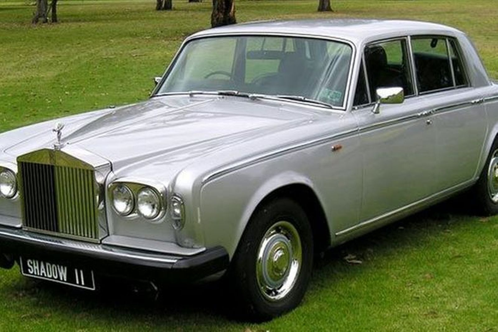 sold rolls royce silver shadow ii saloon auctions lot 64 shannons. Black Bedroom Furniture Sets. Home Design Ideas