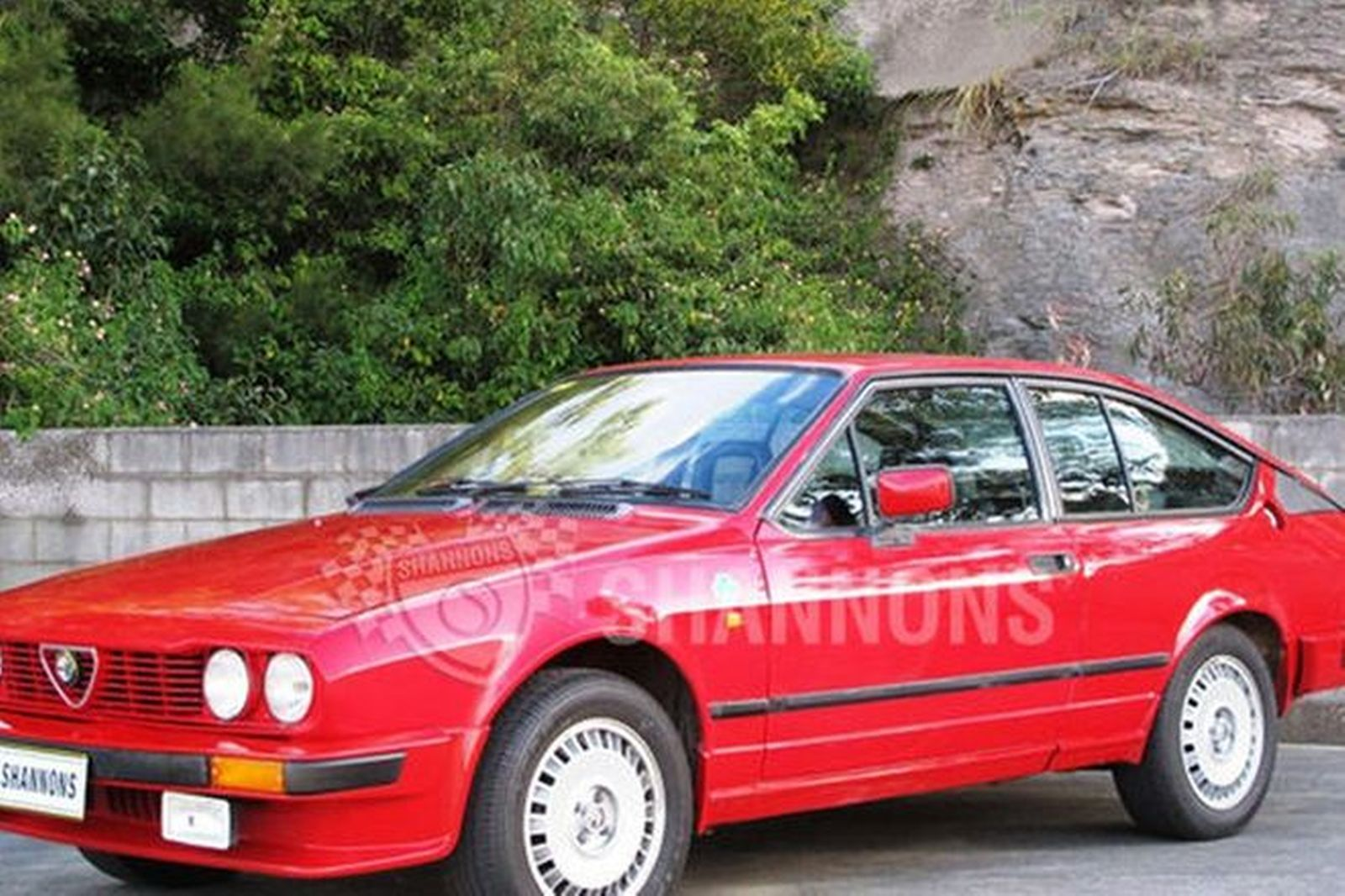 sold alfa romeo gtv 2000 coupe auctions lot 1 shannons. Black Bedroom Furniture Sets. Home Design Ideas