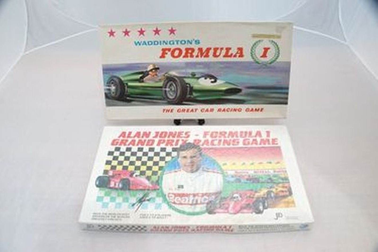 Vintage Board Games - Waddingtons Formula 1 Great Car Race 1962  & Alan Jones Formula 1