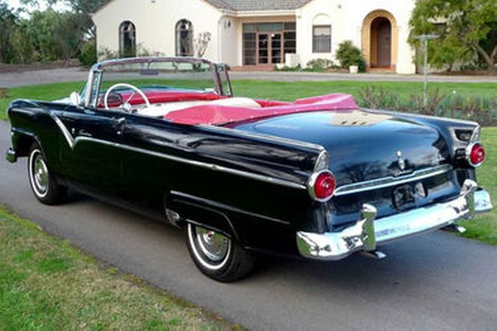 Ford fairlane sunliner convertible lhd