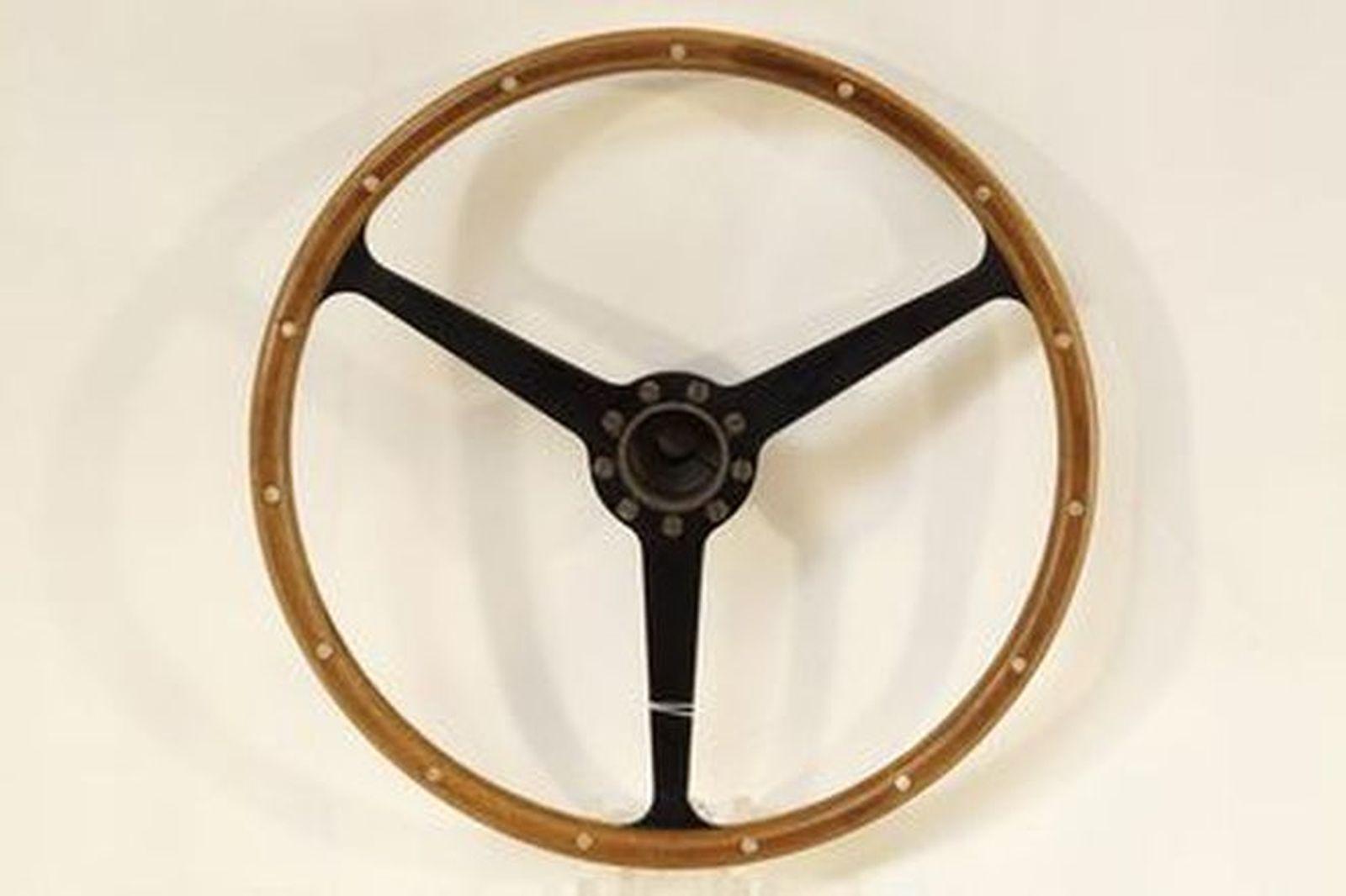 Steering Wheel - early Aston Martin DB 3-spoke wood rim with boss