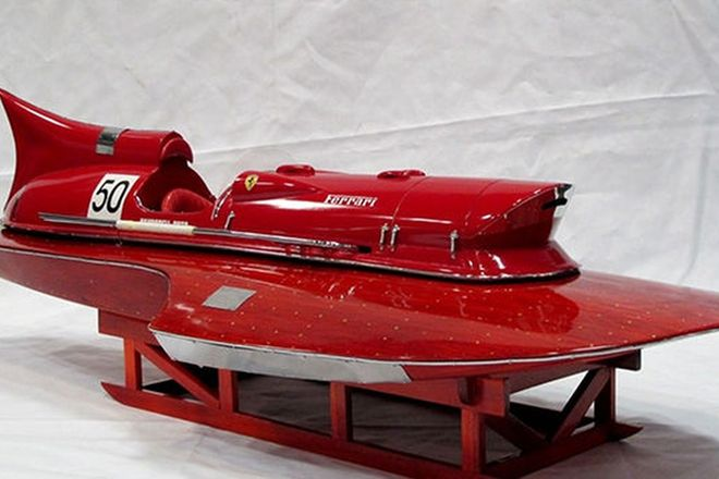 Model - Ferrari Hydroplane on display stand (90cm long)