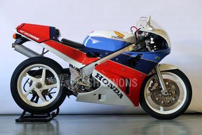 Honda VFR750R RC30 Motorcycle