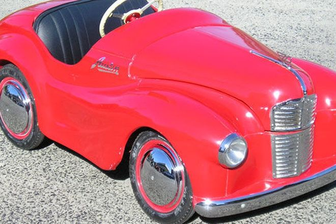 Pedal Car - Austin J40