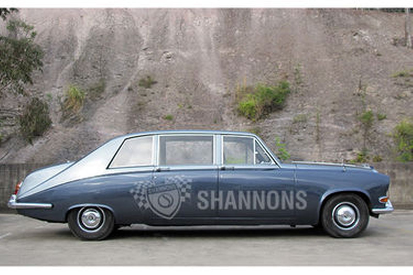 Sold Daimler Ds420 Limousine Auctions Lot 7 Shannons