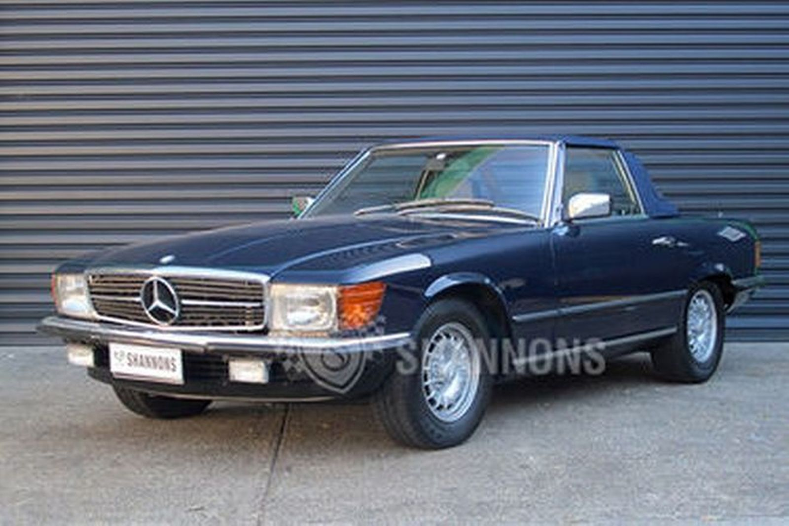 Mercedes benz 380sl convertible auctions lot 4 shannons for 380sl mercedes benz
