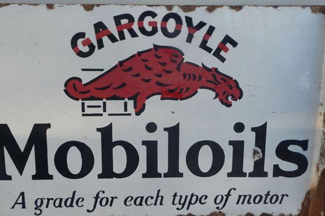 Enamel Sign - Gargoyle Moboloils Double sided/Post Mount  (61cm x 41cm)