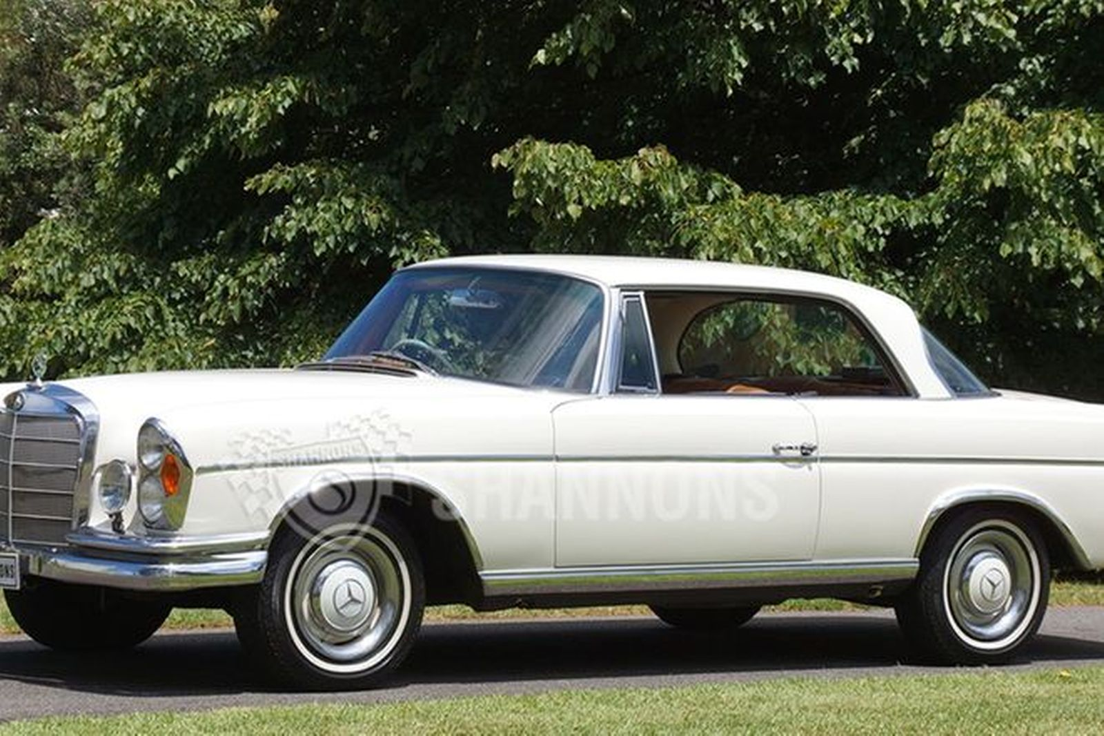 Sold Mercedes Benz 300 Se Coupe Auctions Lot 21 Shannons