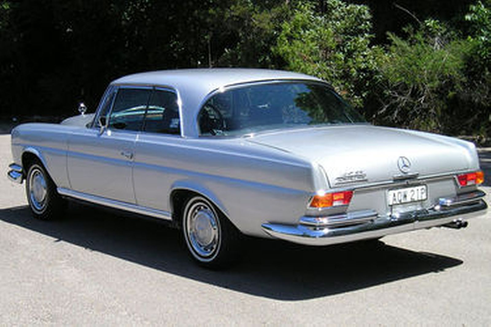 Sold mercedes benz 280se coupe auctions lot 16 shannons for Mercedes benz auction