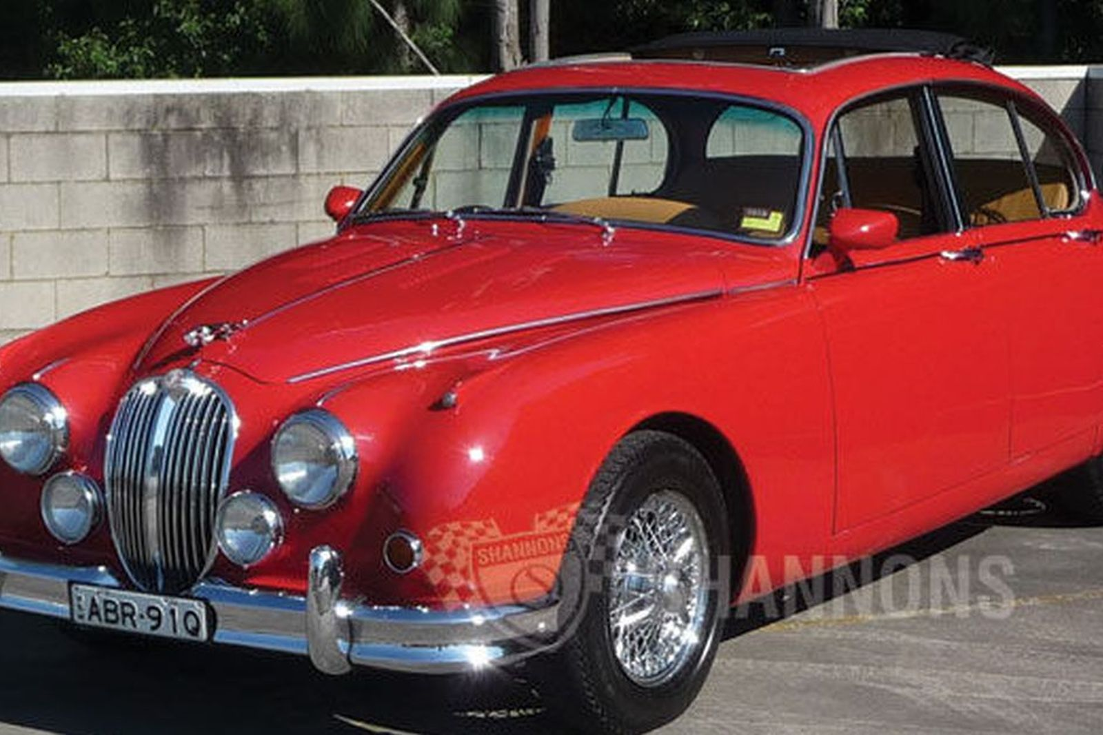 sold jaguar mk2 3 8 39 manual 39 saloon auctions lot 6 shannons. Black Bedroom Furniture Sets. Home Design Ideas