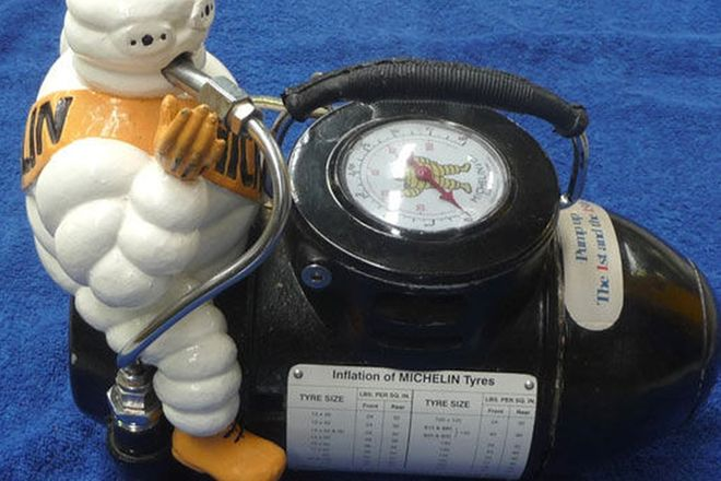 Michelin Compressor - Small (Cosmetically Restored)