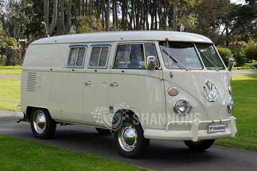 Volkswagen Kombi 'EZ' Campervan (LHD)