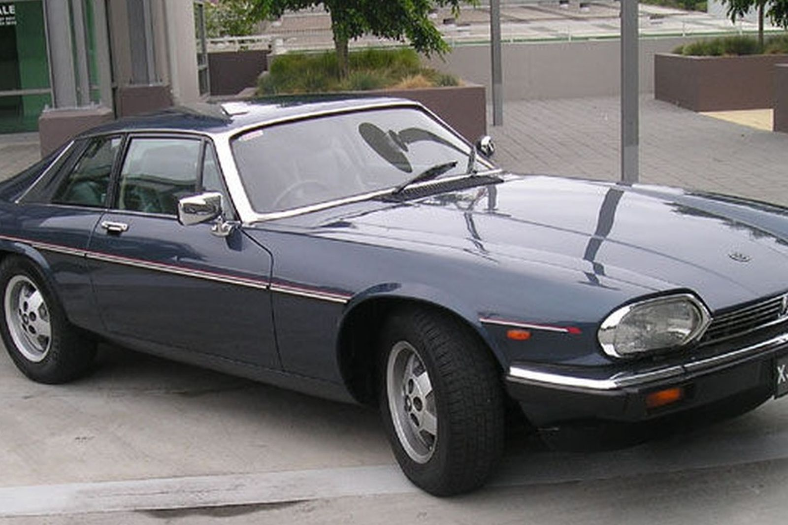 jaguar xjs v12 coupe auctions lot 4 shannons. Black Bedroom Furniture Sets. Home Design Ideas