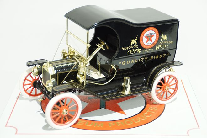 Model Car - Model T in Box