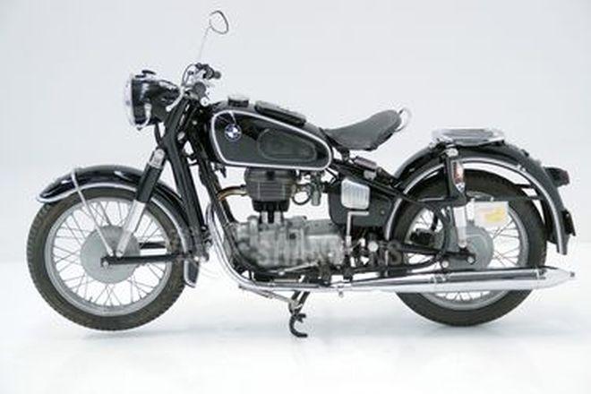 BMW R27 250cc Motorcycle