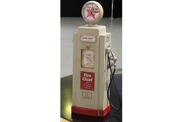 Vintage Gas Pump- Style Key Holder & Clock (Fabricated from wood) w/ T-Bird Motel Print