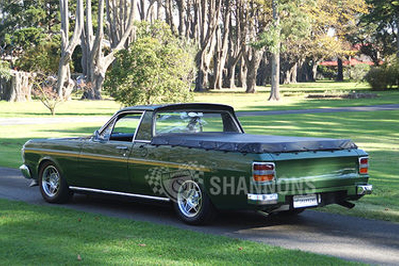 sold ford xy falcon 351 v8 utility auctions lot 35 shannons. Black Bedroom Furniture Sets. Home Design Ideas