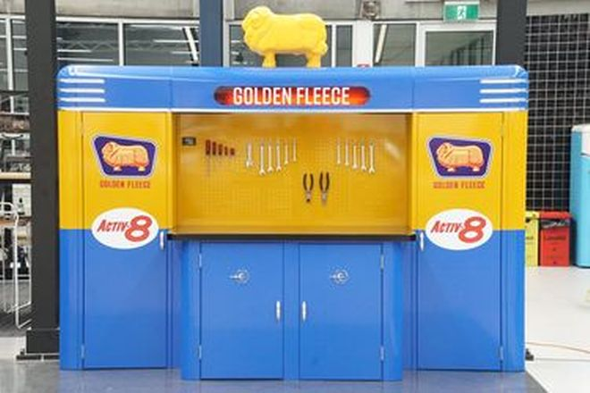Workshop Tool Cabinets & Bench - Excelsior Tooling Company 'The Deluxe' in Golden Fleece Livery