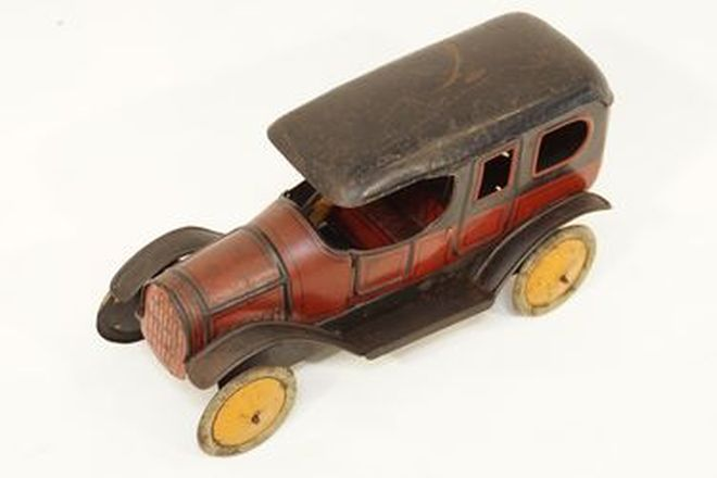 Model Car - early tinplate clockwork Vintage car, Made in Germany