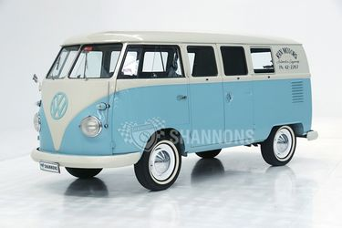 Volkswagen Split Window Kombi Van