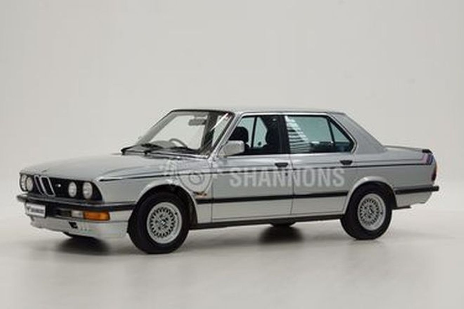BMW 528i Motorsport Saloon