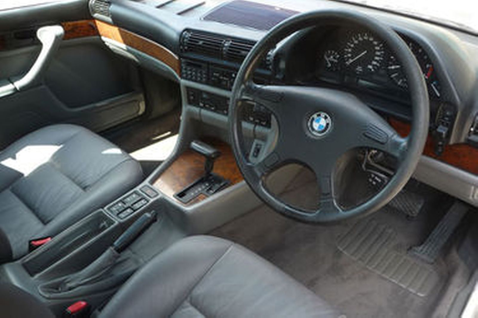 Sold Bmw 750il Sedan Auctions Lot 25 Shannons
