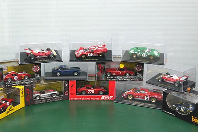 Model Cars - 12 x Ferrari Assorted Models (Scale 1:43)