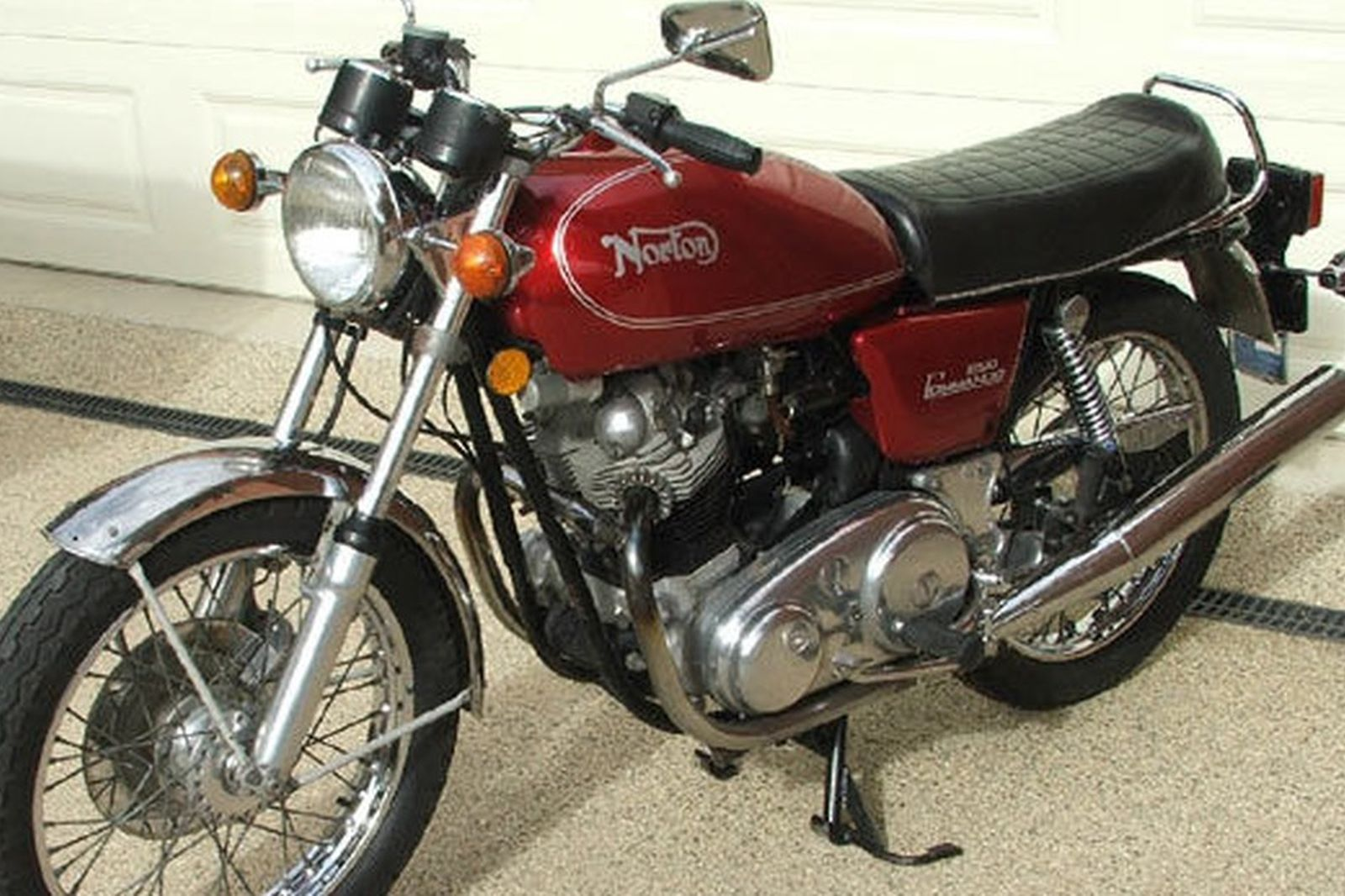 Sold Norton Commando 850 Interstate Motorcycle Auctions Lot 36 Shannons