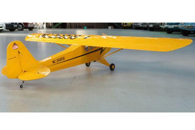 Model Plane - J3 Piper Cub (84