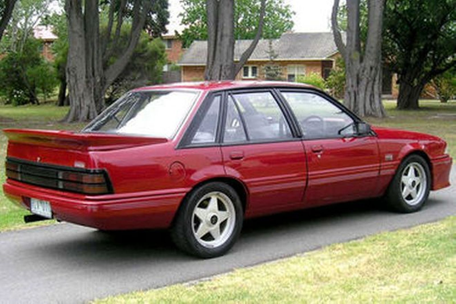 1986 Holden Vl: Holden VL Commodore SS Group 'A' Sedan Auctions