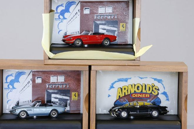 Model Cars - 3 x Dinkum Classics in wooden boxes (1:43 Scale)