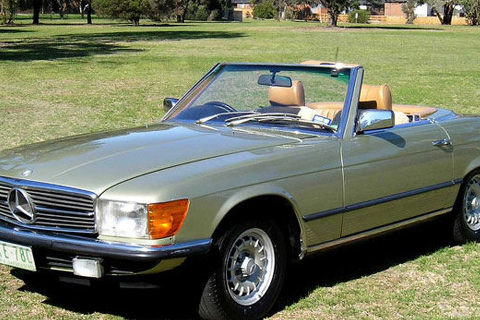 sold mercedes benz 380sl convertible auctions lot 14 shannons. Black Bedroom Furniture Sets. Home Design Ideas