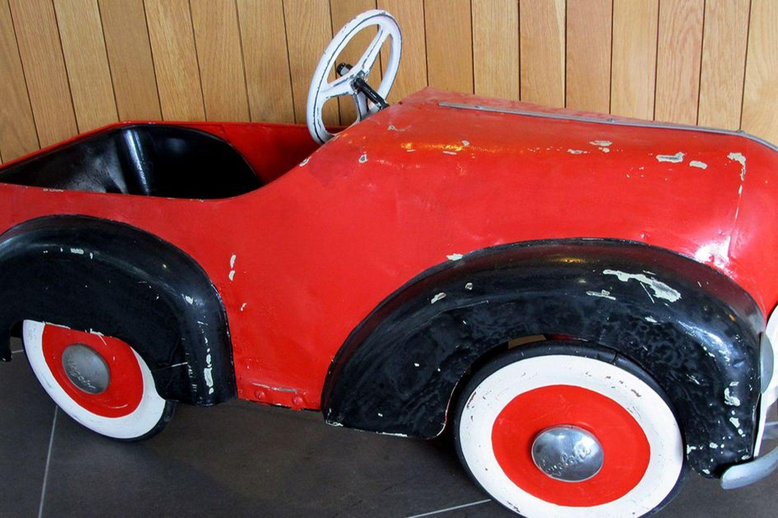 Pedal Car - c1950's Cyclops Clipper Red Pedal Car (110cm long)