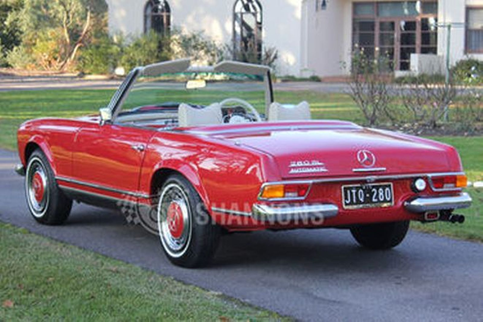 sold mercedes benz 280sl convertible auctions lot 51 shannons. Black Bedroom Furniture Sets. Home Design Ideas