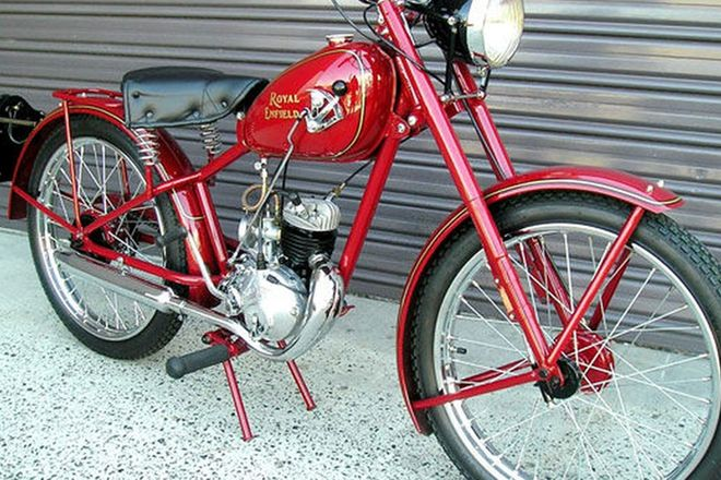 Royal Enfield RE125 Solo Motorcycle