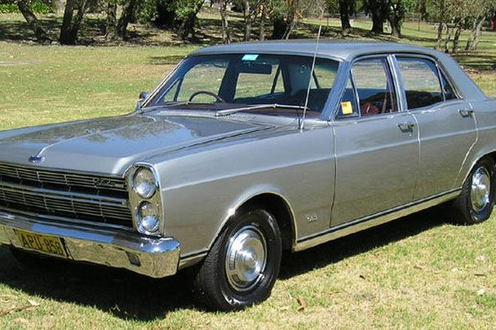 Ford Fairlane Zc V Sedan
