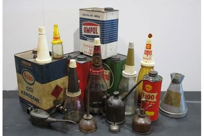 Oil Cans - 5 Assorted Oil Cans & 5 x Glass Oil Bottles with 4 Tops