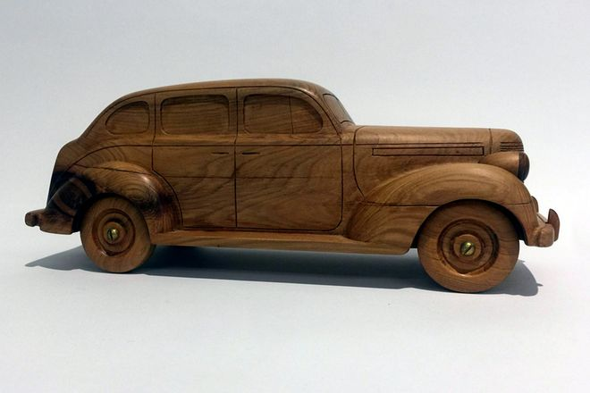 Wooden Model - 1938 Chrysler Sedan (Hand Made)