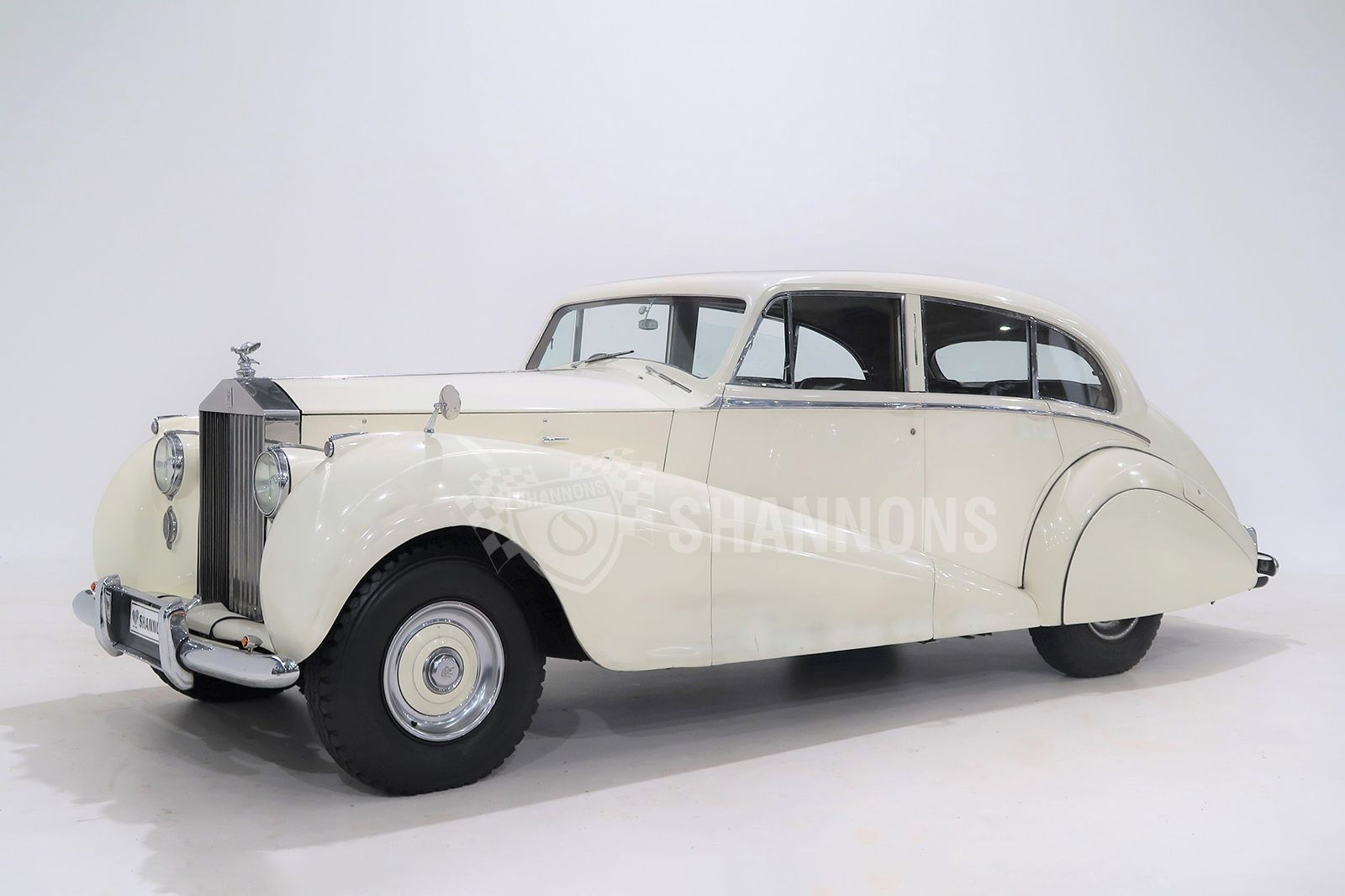 Rolls-Royce Silver Wraith Park Ward Saloon